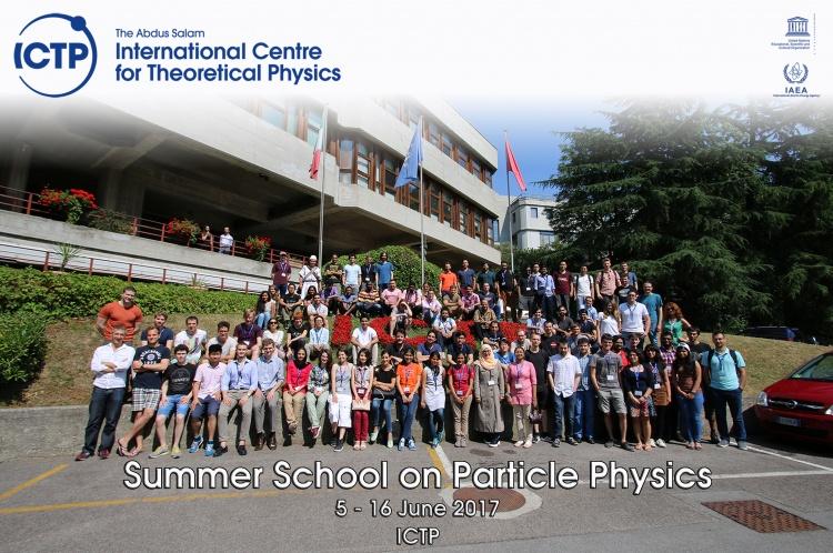 Участь у Літній школі з фізики елементарних частинок, м. Трієст, Італія.